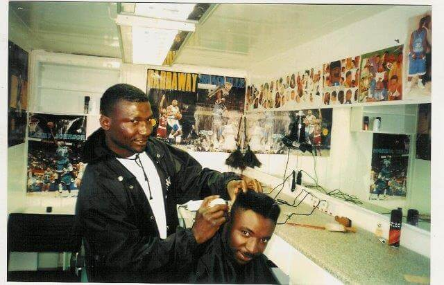 Shipping container barber shop - Container Rental & Sales